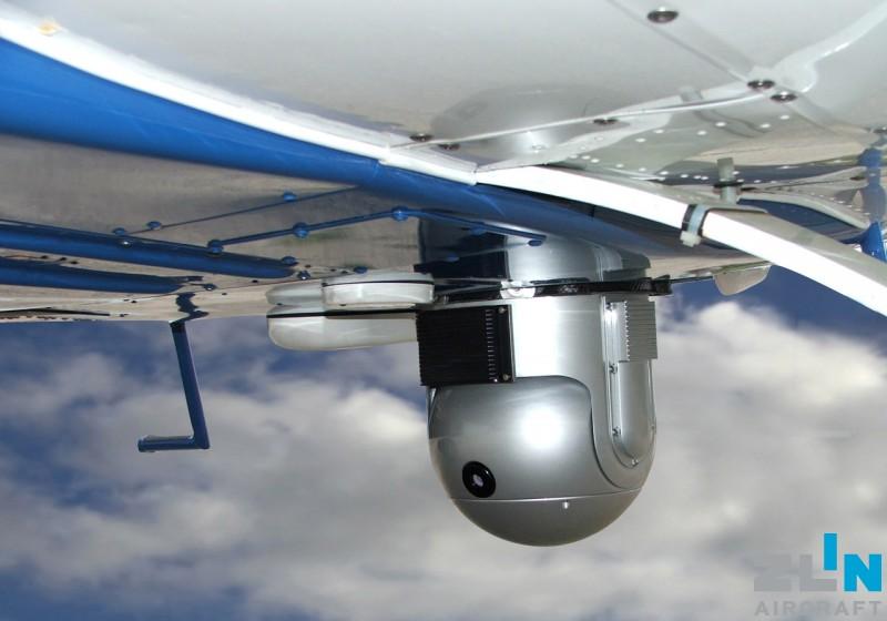 Monitoring aircraft ZLIN Z 143 LSi FLIR